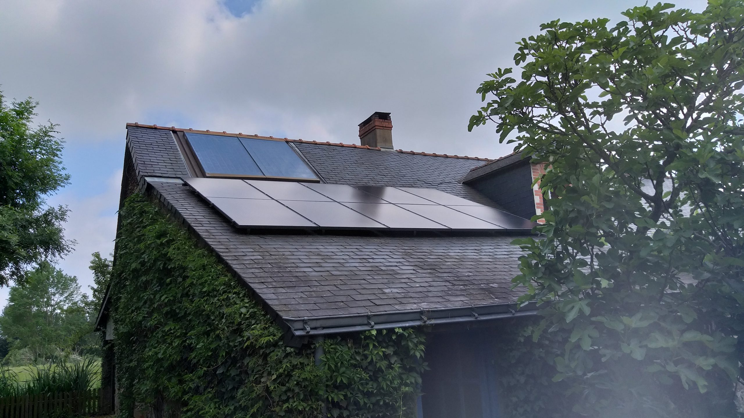 Exemple installation panneaux photovoltaïque Pays de la Loire