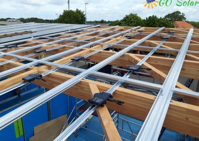 installation panneaux solaires laverie libre service 85