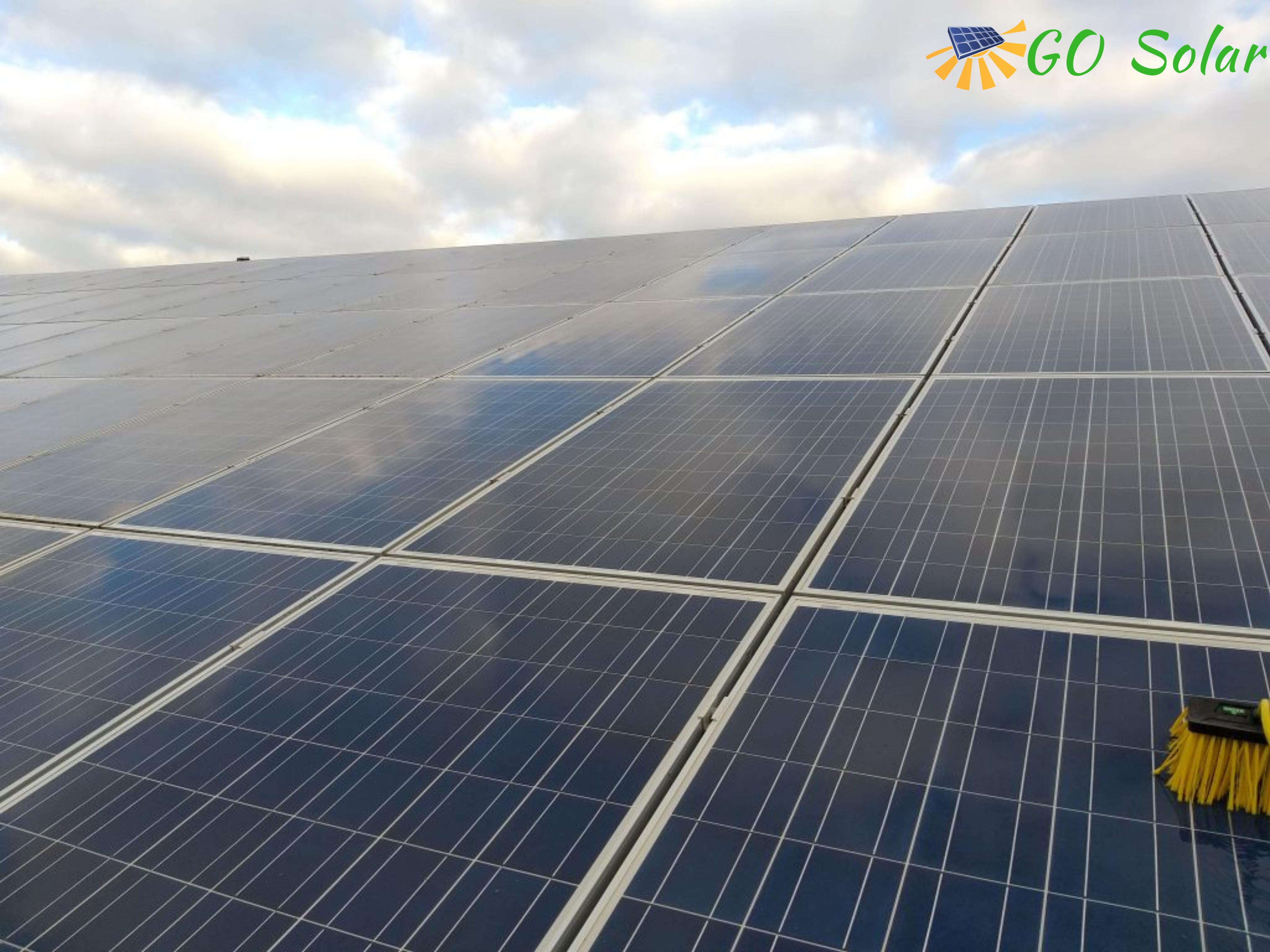 Nettoyage et entretien de panneaux solaires à Chalonnes